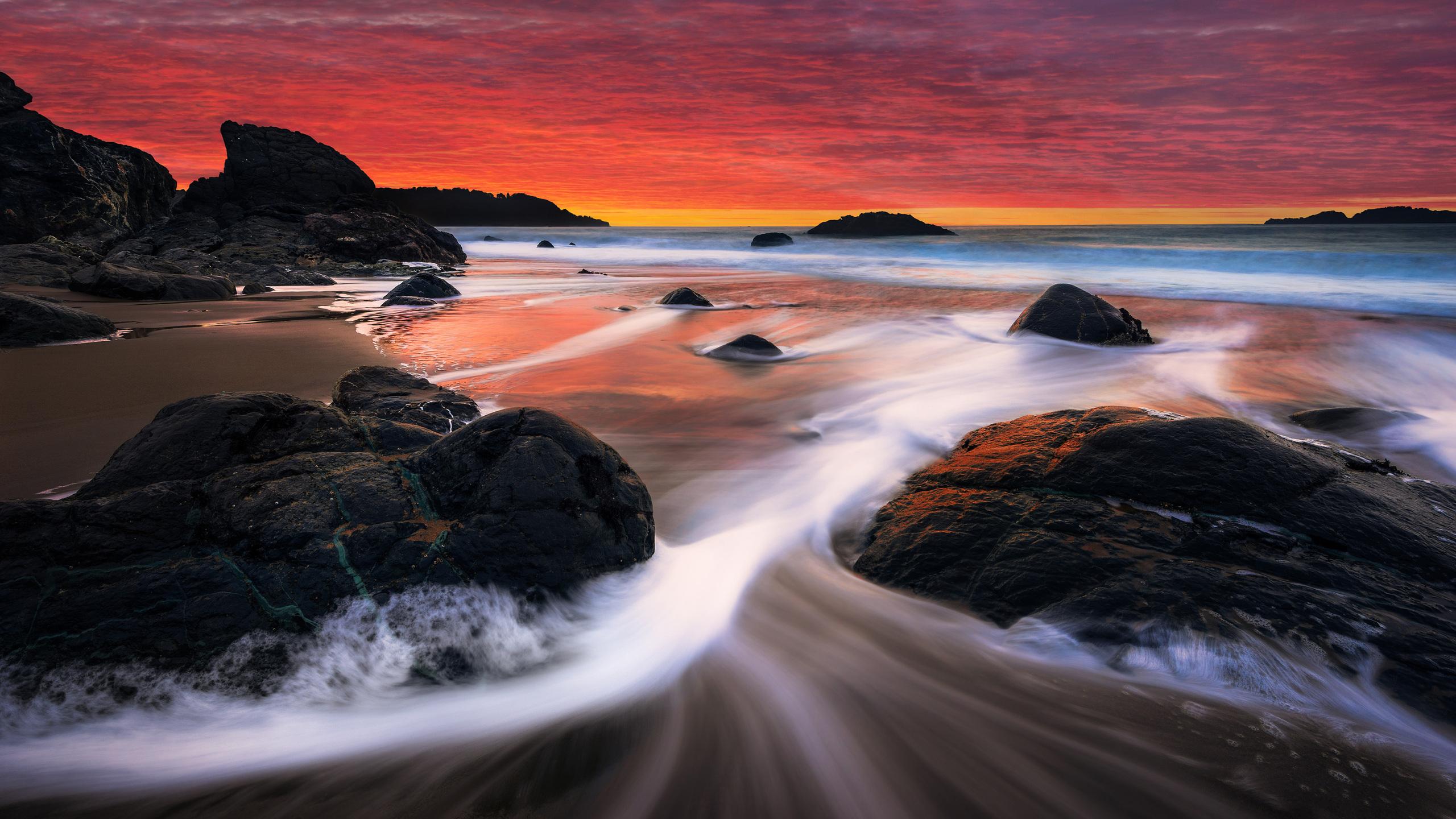 pink-sky-beach-waves-po.jpg