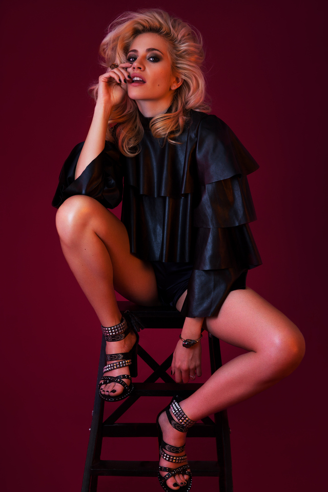 640x960 Pixie Lott For Fault Magazine Iphone 4 Iphone 4s Hd