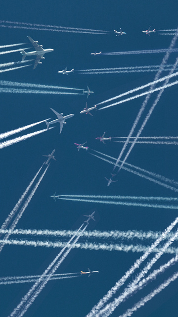 planes-sky-trails-5k-ld.jpg