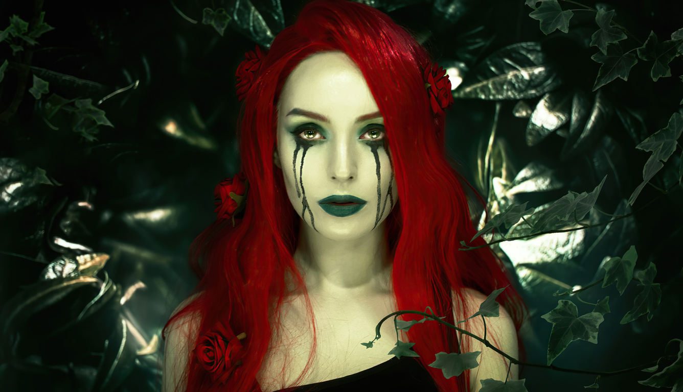 poison-ivy-cosplay-4k-ln.jpg