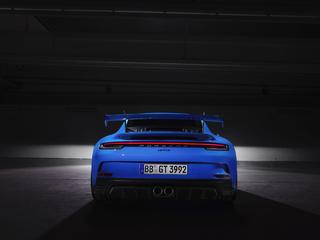 porsche-911-gt3-2021-rear-l3.jpg