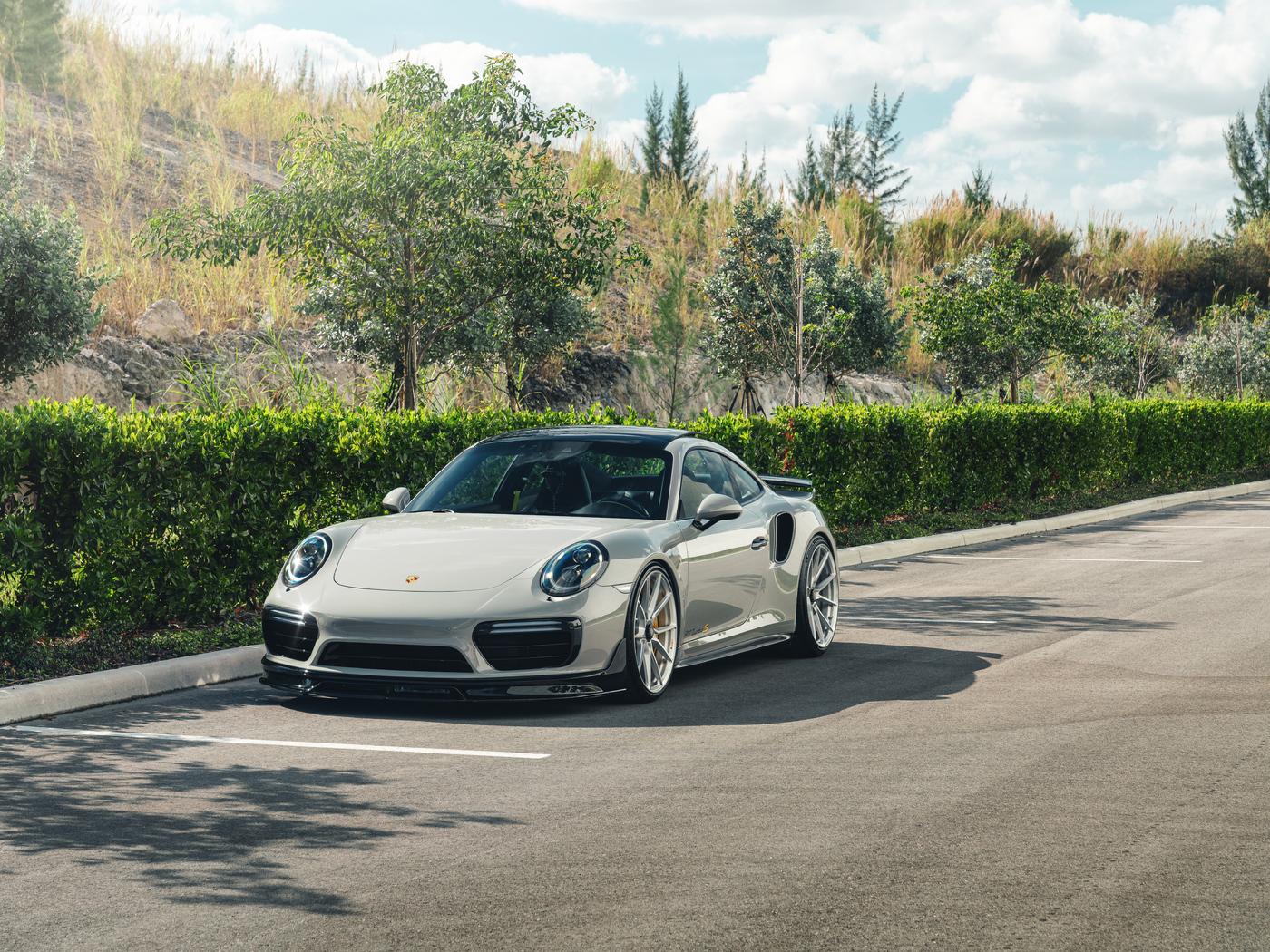 porsche-911-turbo-s-8k-az.jpg