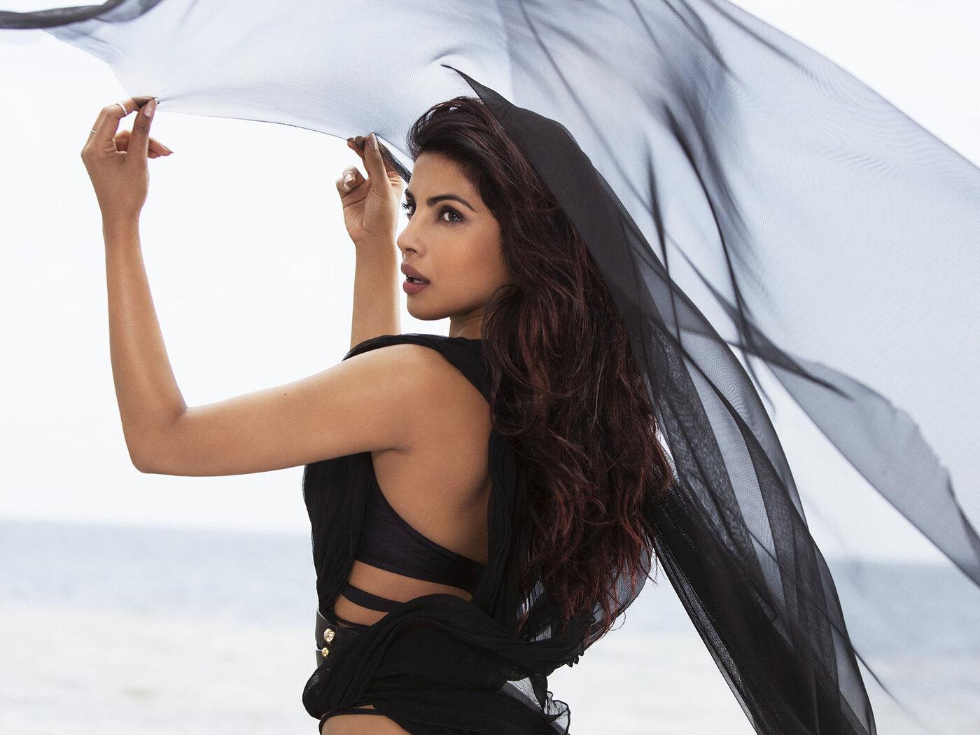priyanka-chopra-black-dress-ad.jpg