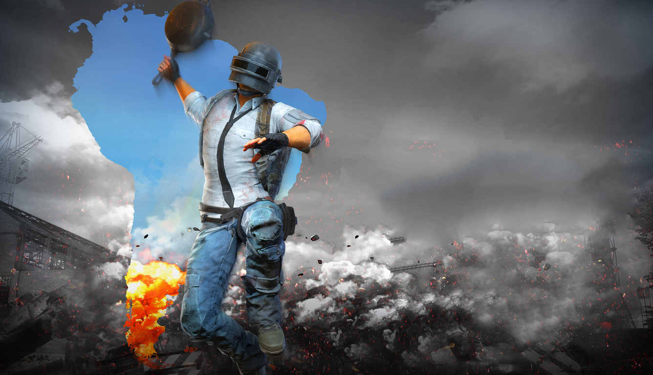 pubg-helmet-man-with-pan-4k-q8.jpg