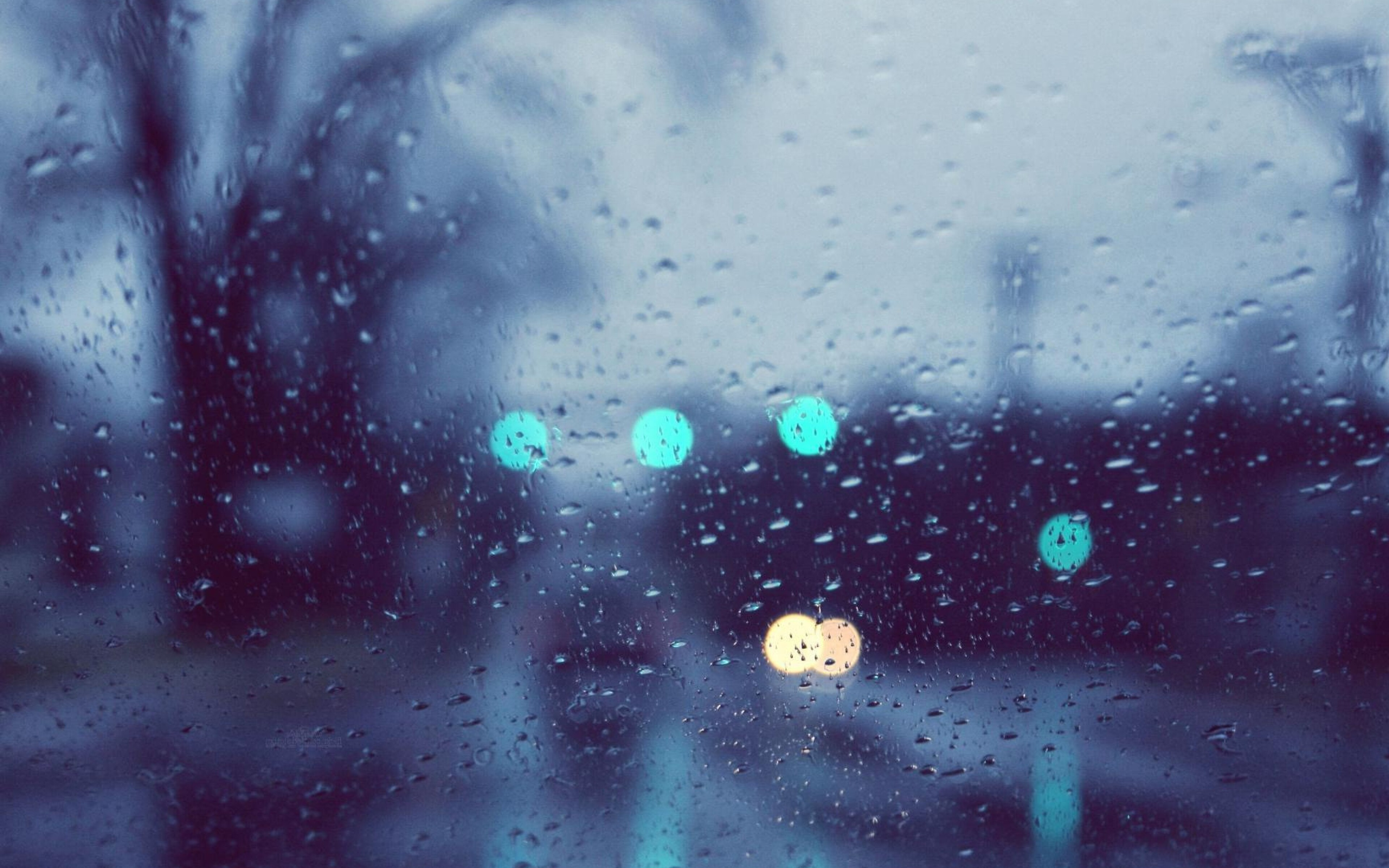 rain-glare-glass-drops.jpg