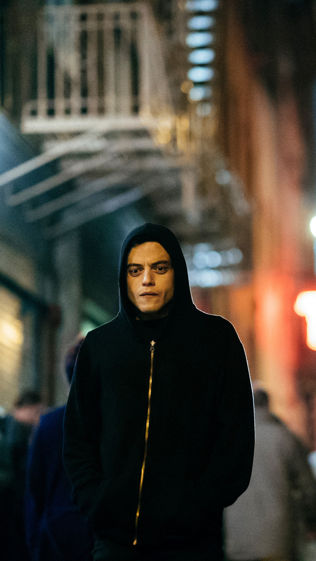 rami-malek-as-elliot-alderson-mr-robot-season-3-y4.jpg
