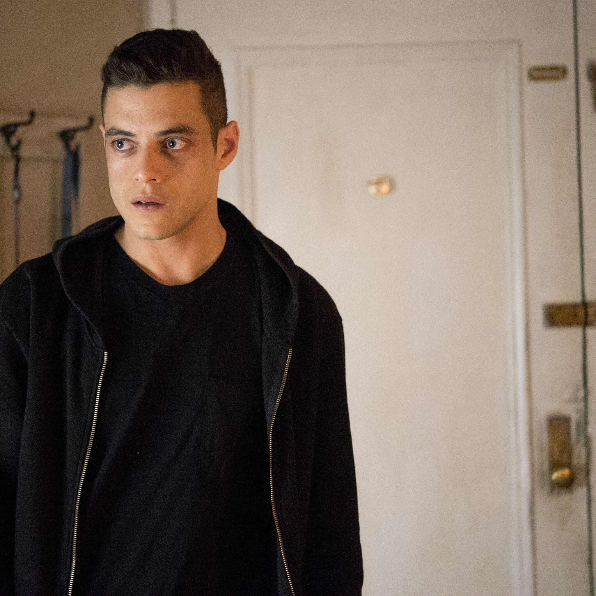 rami-malek-mr-robot-season-3-hs.jpg