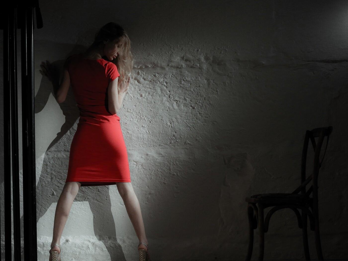 red-dress-model-image.jpg