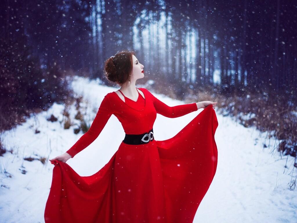 red-dress-woman-in-snow-hd.jpg