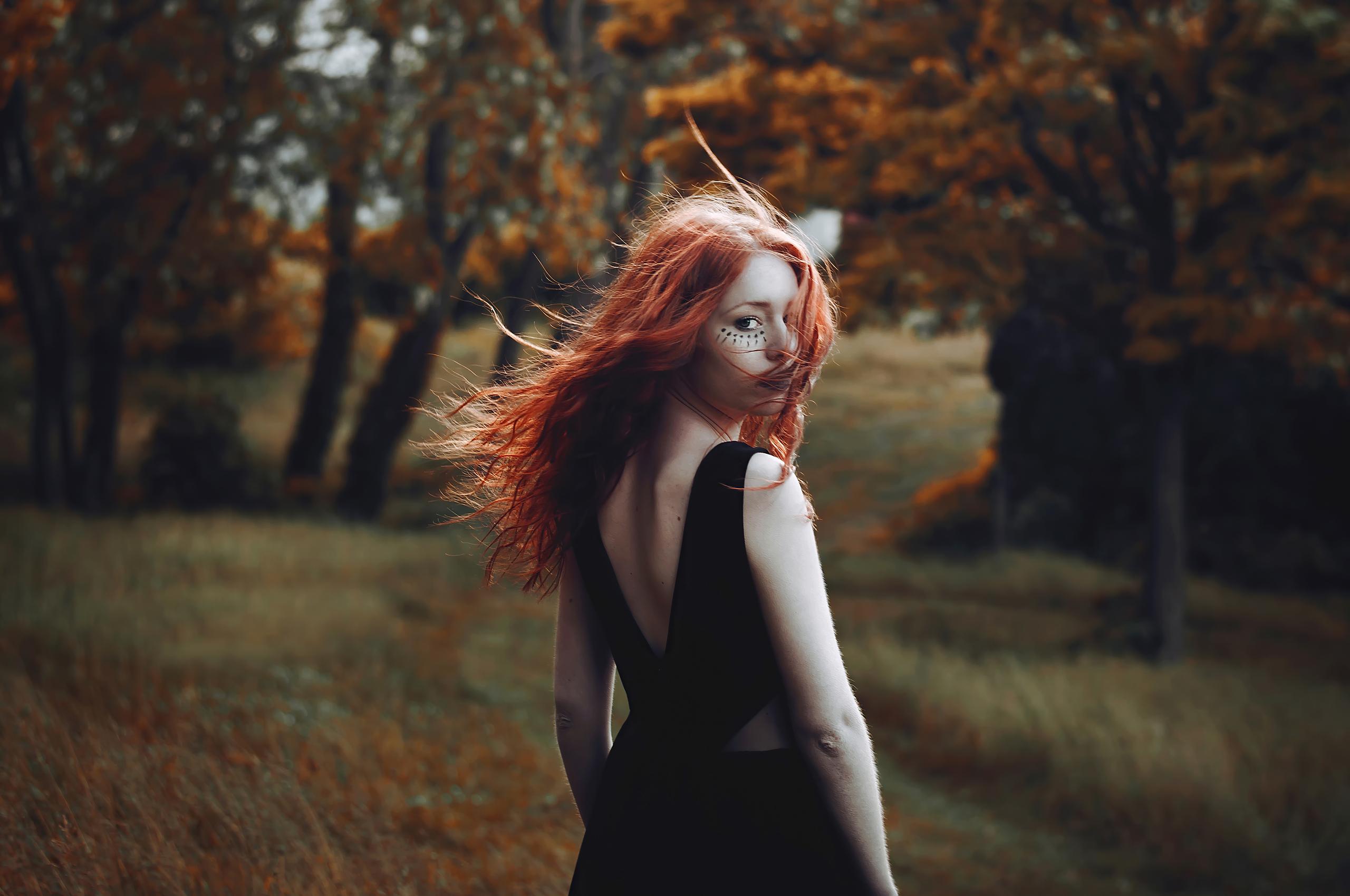 red-hair-girl-hair-in-air-4k-ek.jpg