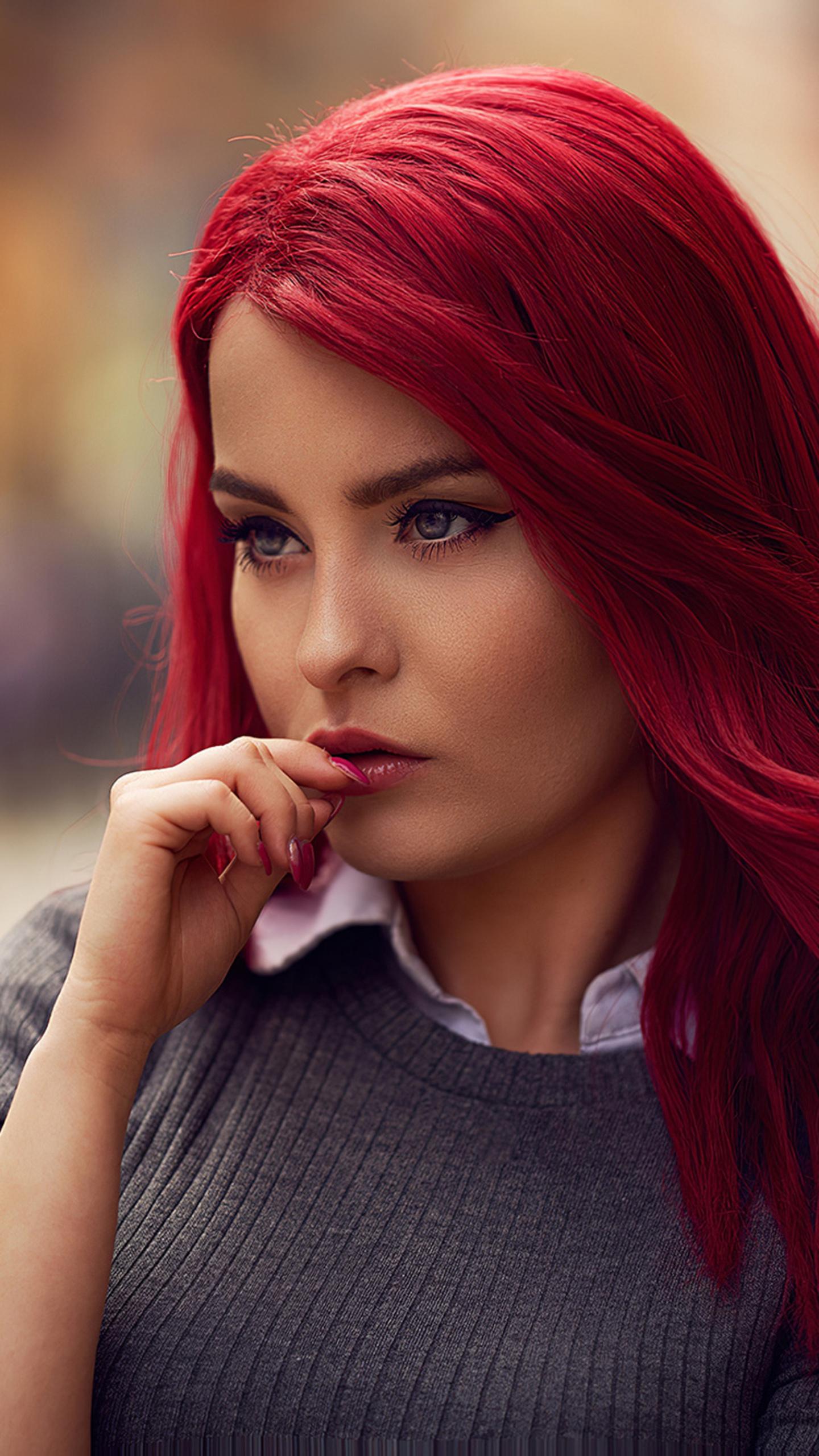 red-head-girl-outdoor-mo.jpg