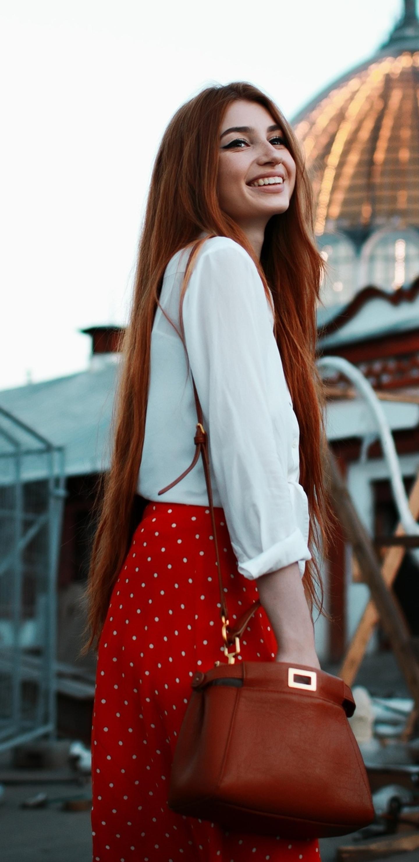 red-head-girl-smiling-uh.jpg