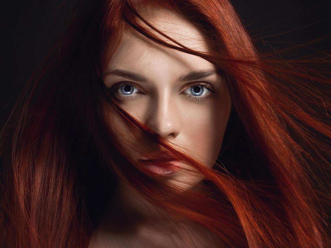 redhead-girl-hairs-on-face-4k-5k-eu.jpg