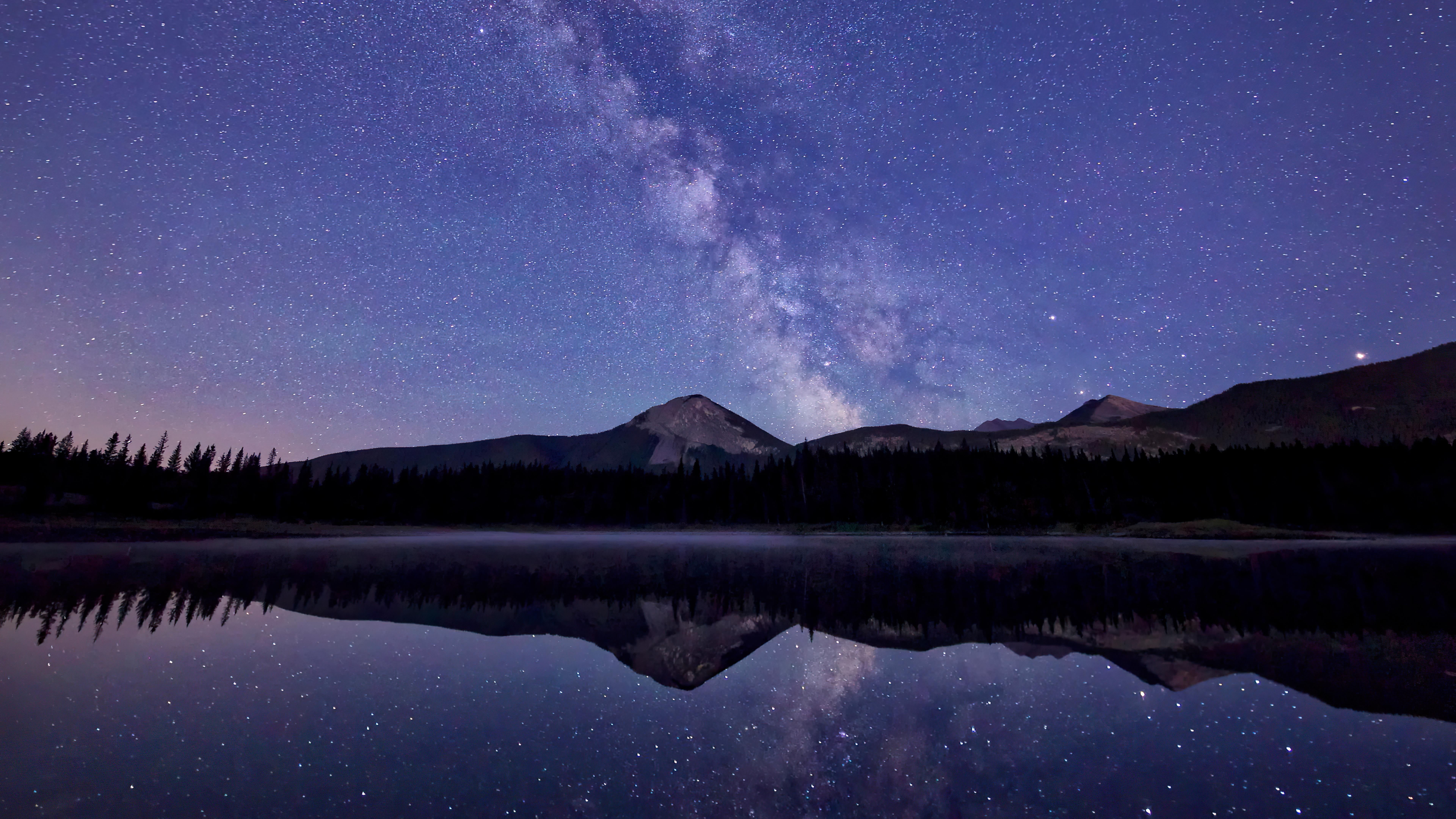 reflections-of-stars-on-sea-8k-jf.jpg