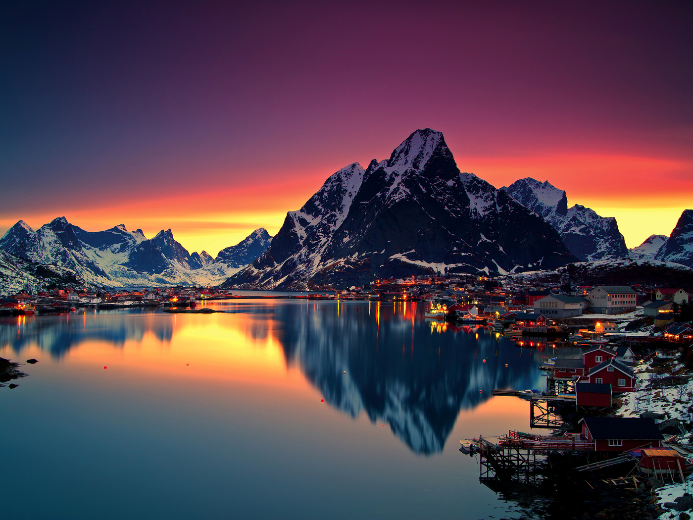 reinebringen-mountains-in-norway-b5.jpg