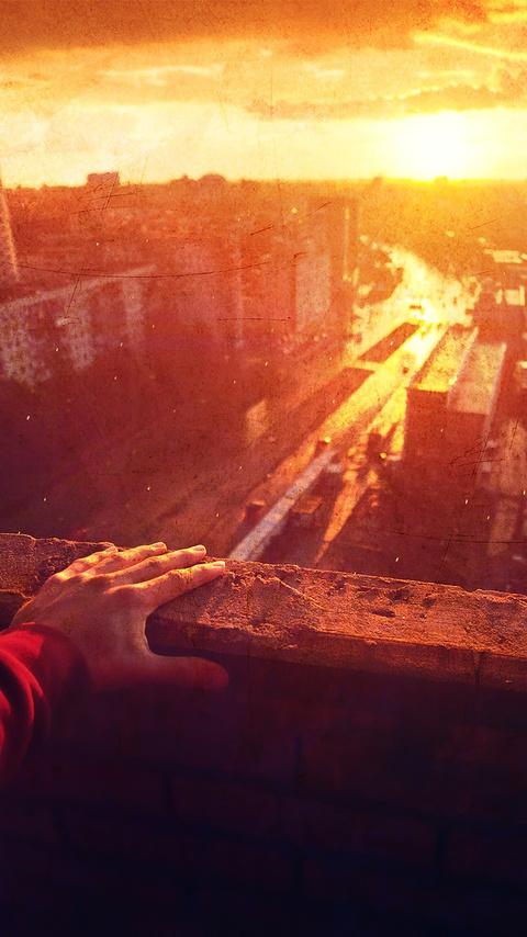 retro-view-of-city-hand-4k-o5.jpg