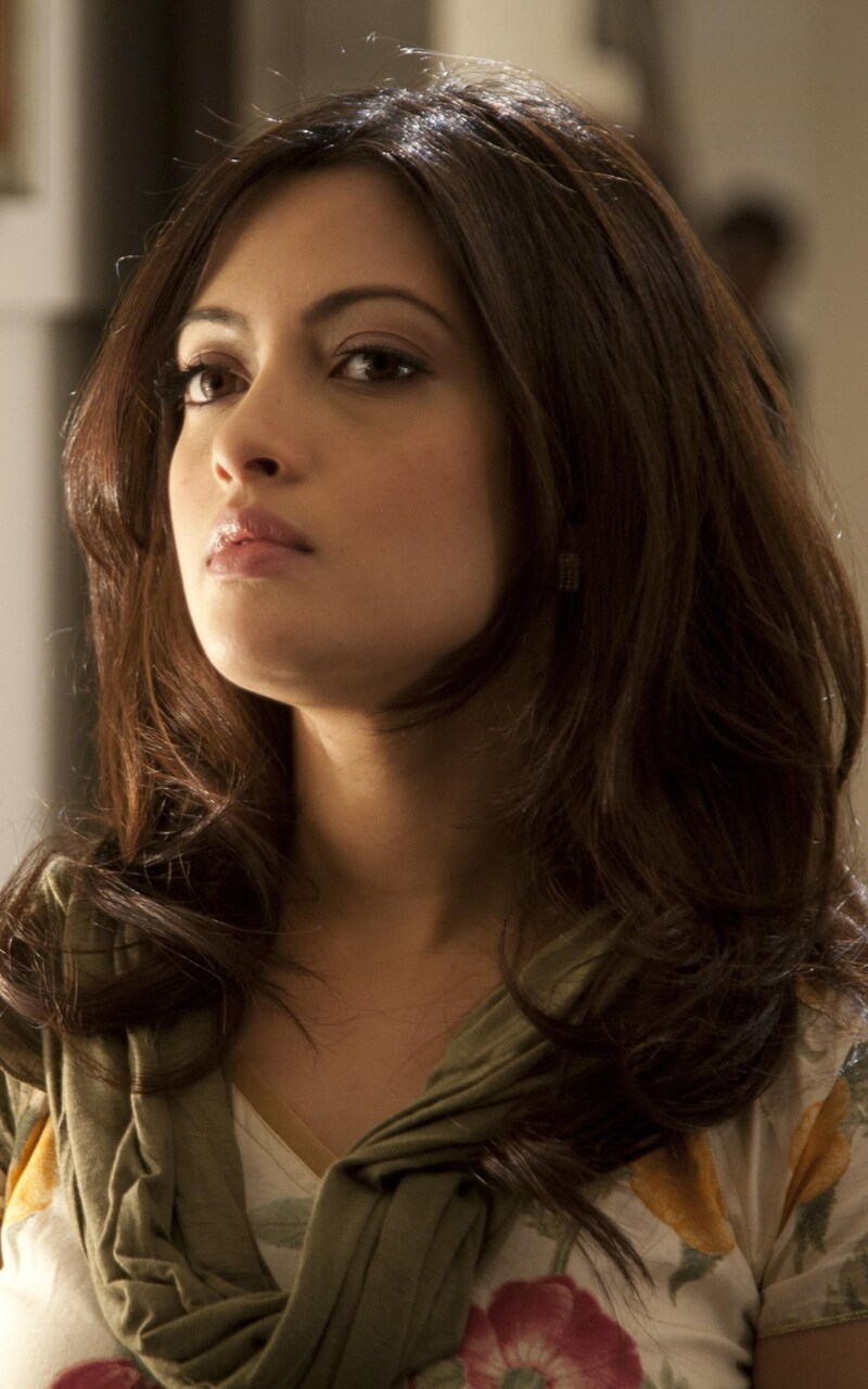riya-sen-indian-actress-wide.jpg