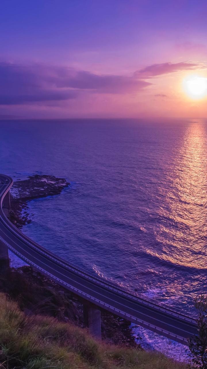 road-bridge-across-seascape-4k-2m.jpg