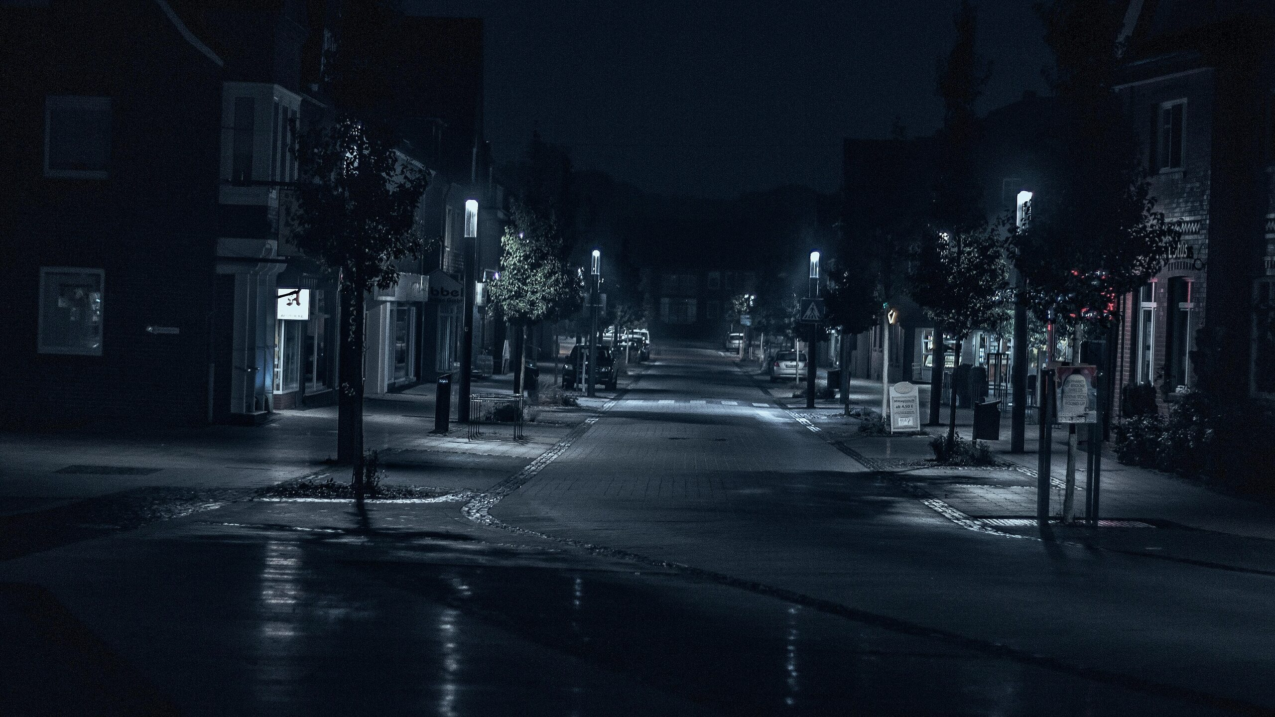 2560x1440 Road Street Night Outdoors Cityscape Evening 5k 1440p Resolution Hd 4k Wallpapers Images Backgrounds Photos And Pictures