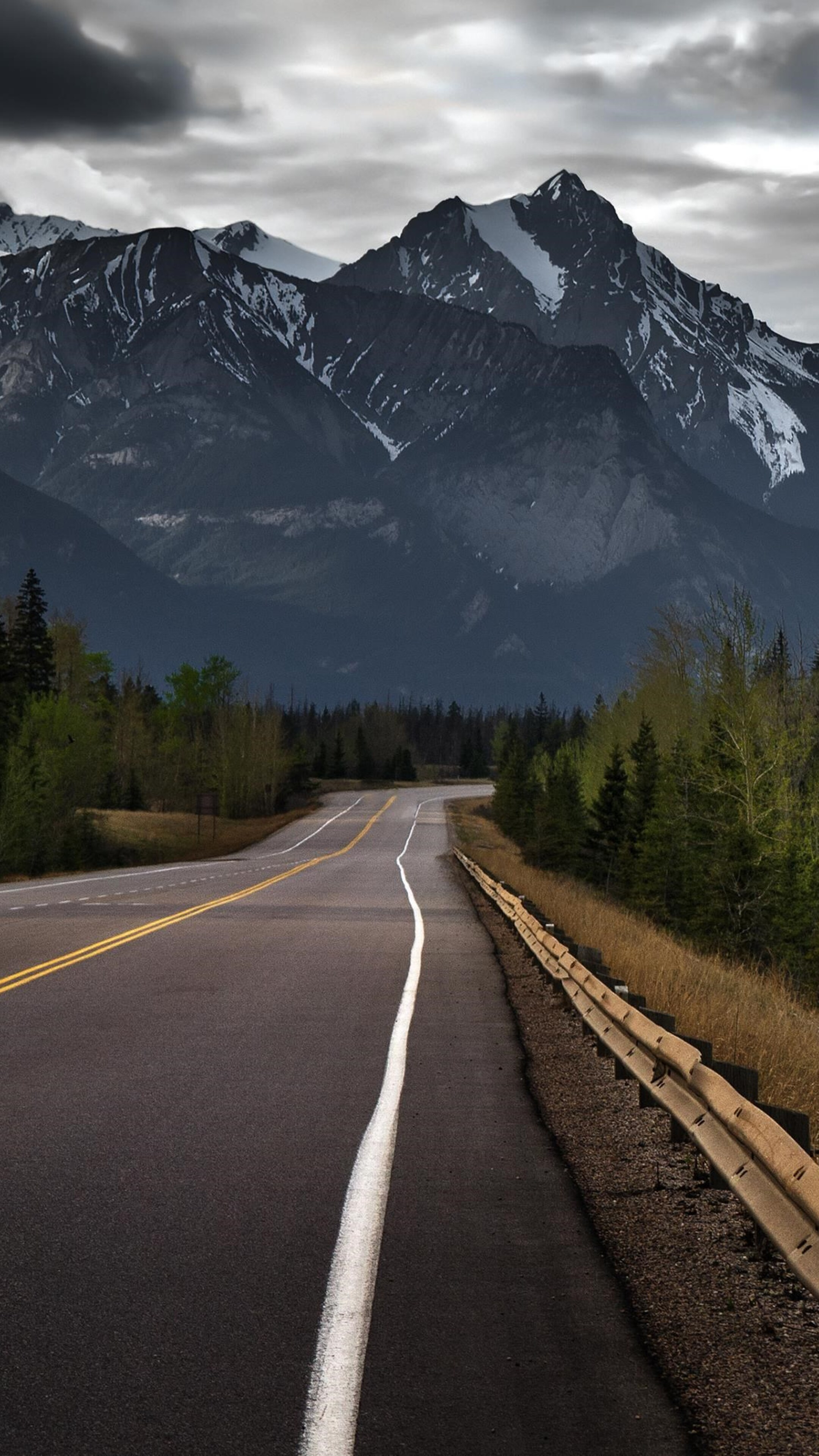 road-to-mountains-hd.jpg