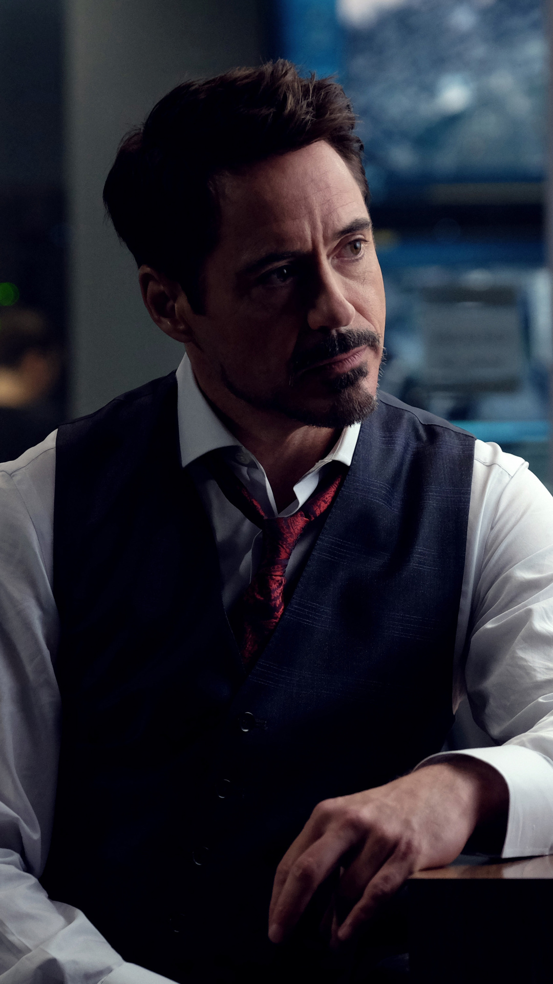1080x1920 robert downey as tony stark in avengers infinity war 2018
