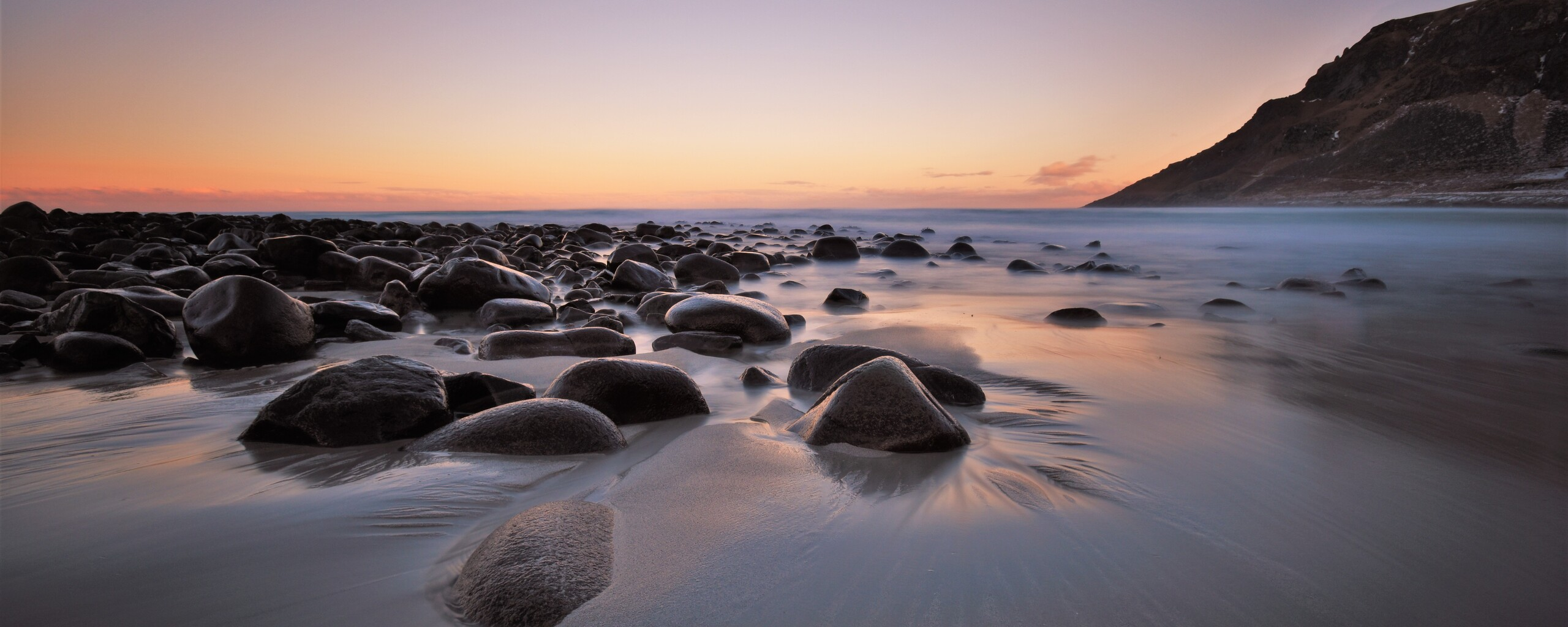rocks-mountains-beach-4k-t6.jpg