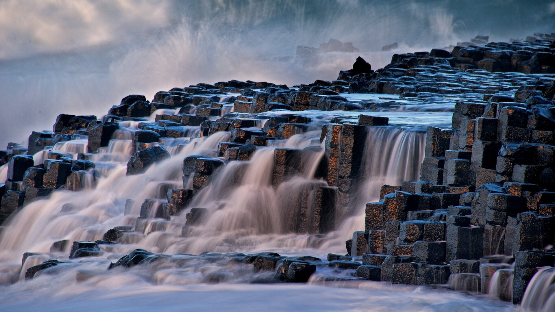 rocks-waterfall-ml.jpg