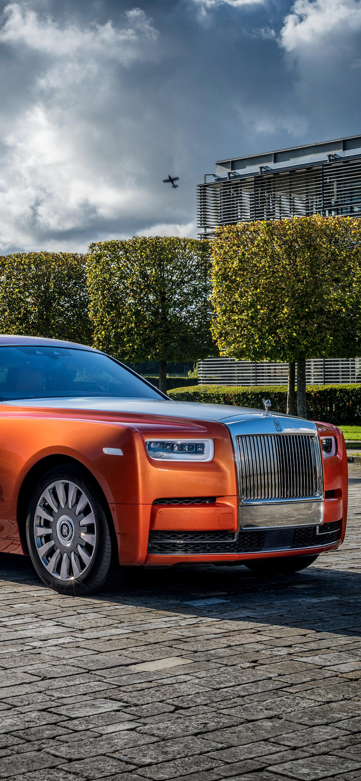 1242x2688 Rolls Royce Phantom Ewb 4k Iphone Xs Max Hd 4k Wallpapers