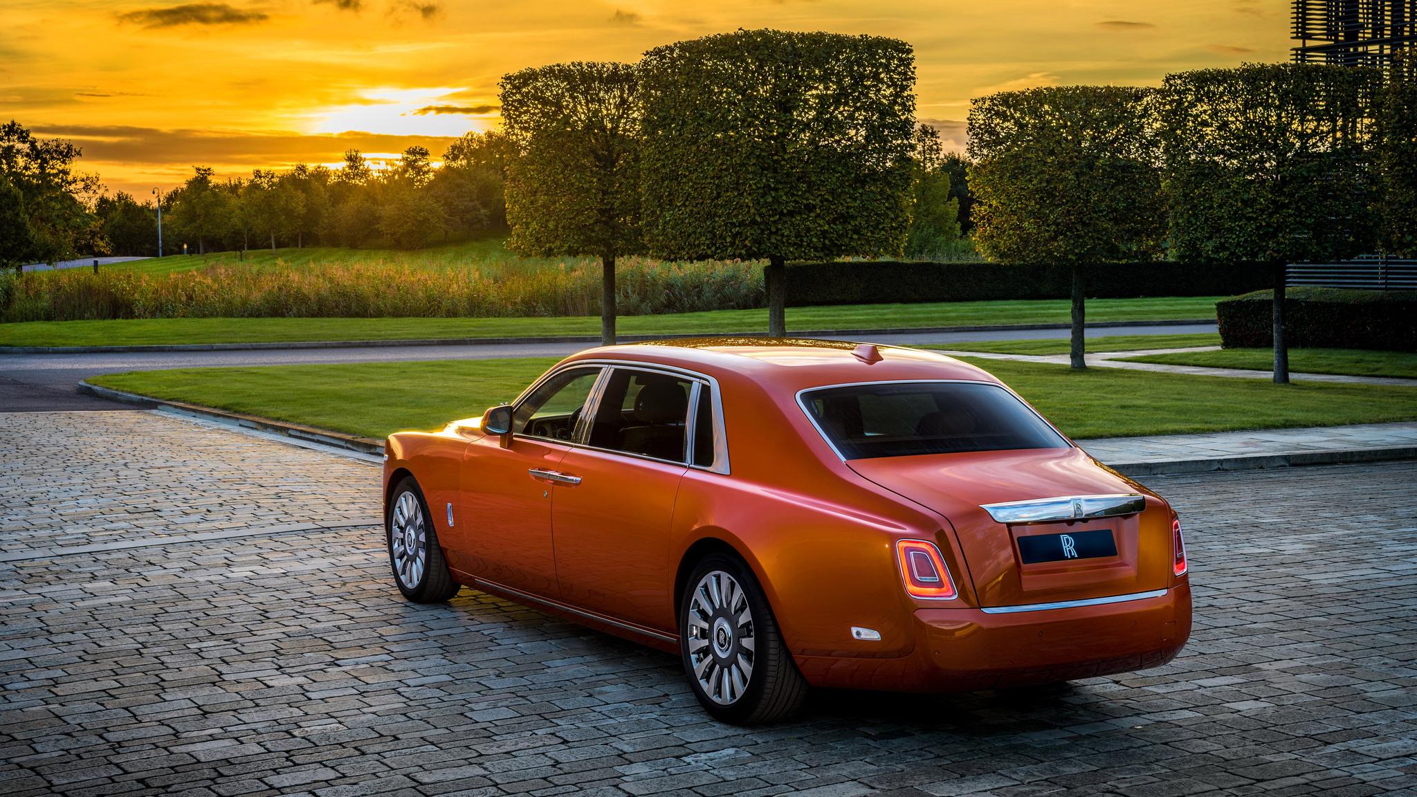 2048x1152 Rolls Royce Phantom Ewb 4k Rear 2048x1152 Resolution Hd 4k