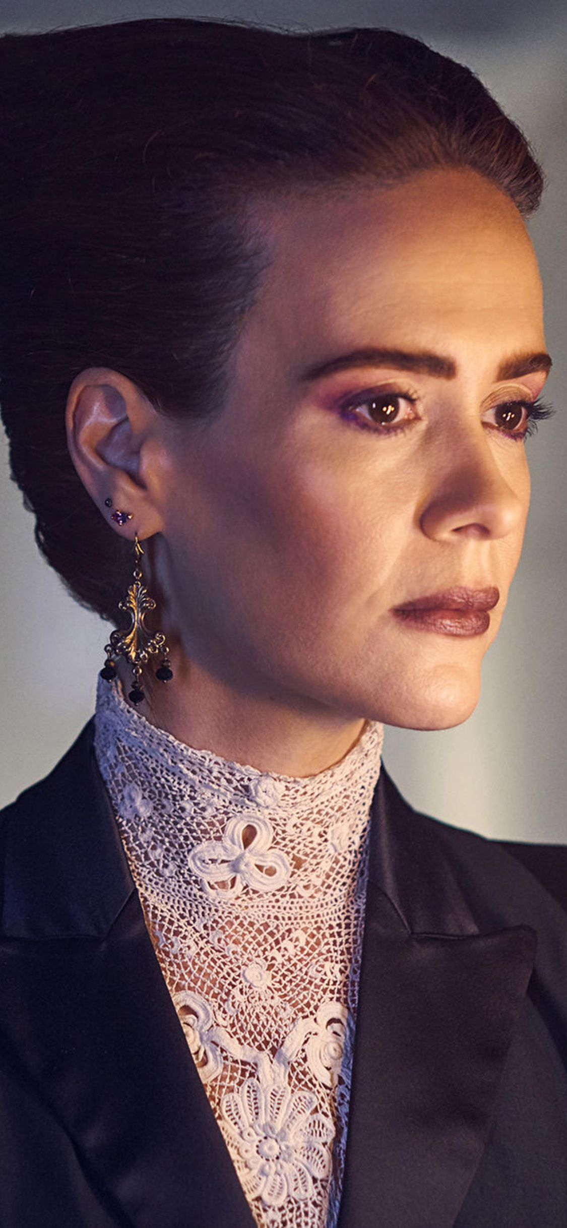 1125x2436 Sarah Paulson In American Horror Story Apocalypse 2018