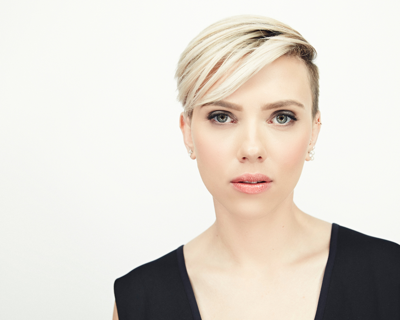 1280x1024 Scarlett Johansson Short Hair Blonde 5k 1280x1024 Resolution Hd 4k Wallpapers Images Backgrounds Photos And Pictures