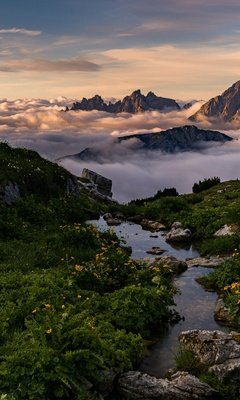 sea-of-clouds-beautiful-mountains-landscape-5k-90.jpg