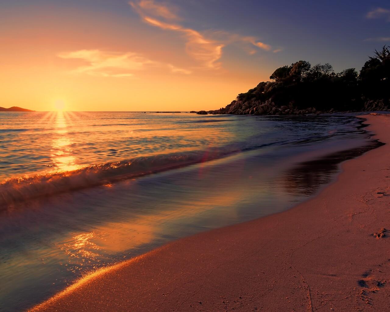 sea-sunset-beach-sunlight-long-exposure-4k-ku.jpg