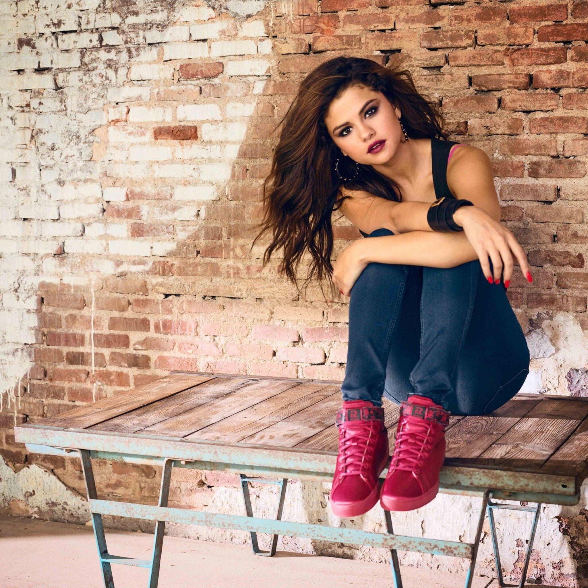 2048x2048 Selena Gomez Photoshoot 2016 Ipad Air HD 4k