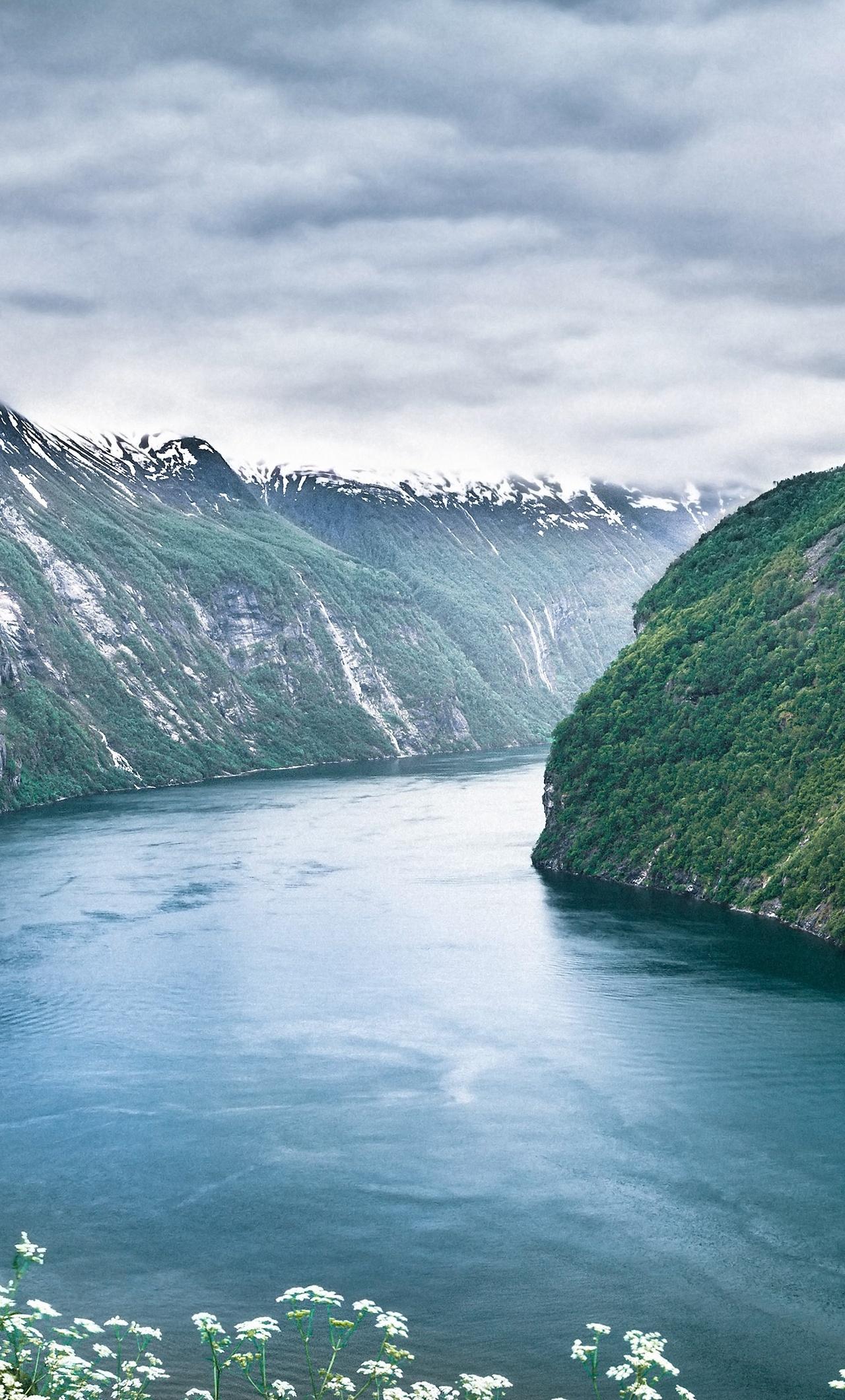 seven-sisters-the-fjords-in-norway-ni.jpg
