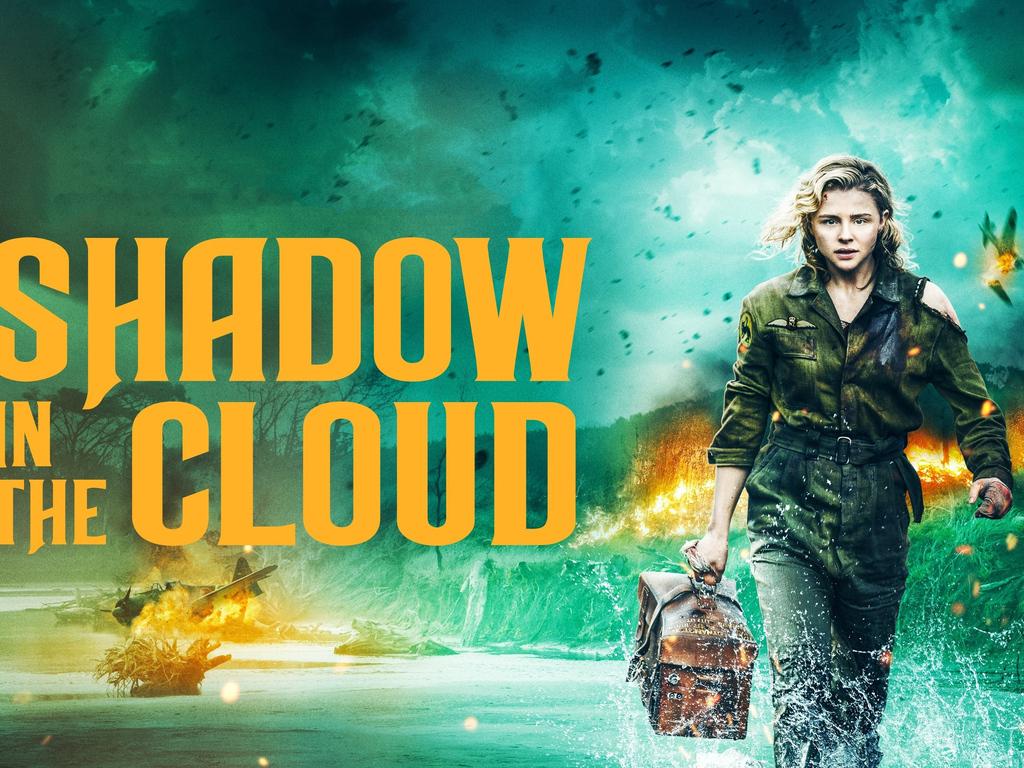 shadow-in-the-cloud-movie-8o.jpg