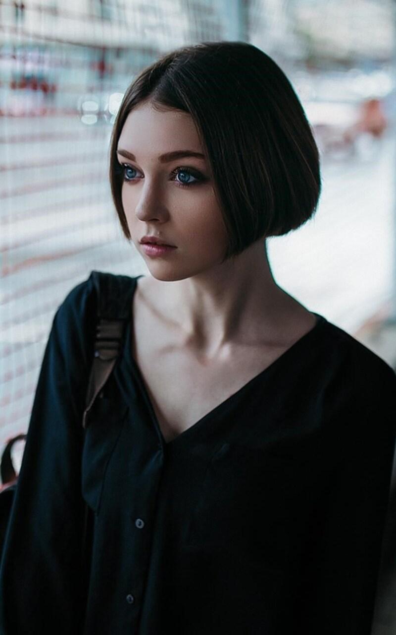800x1280 Short Hair Cut Cute Girl Nexus 7,Samsung Galaxy