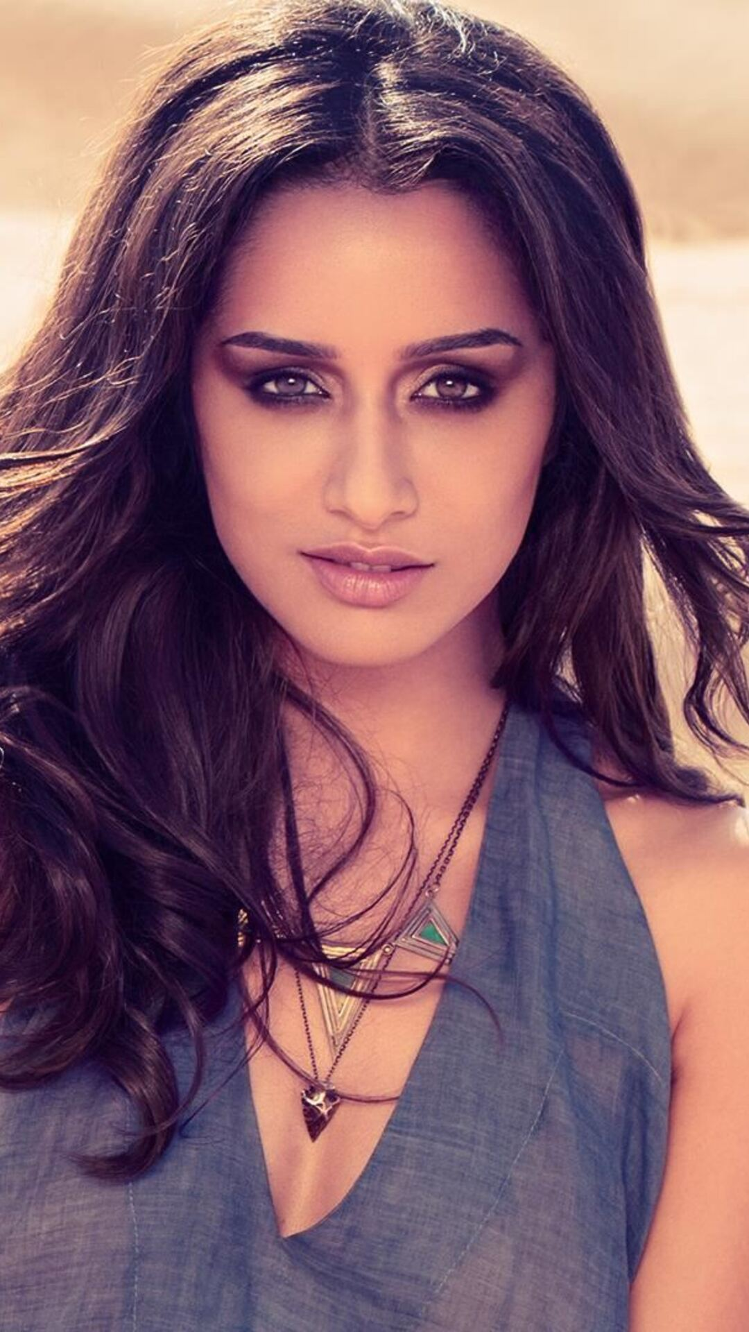 shraddha kapoor 1080x1920 resolution wallpapers iphone 7,6s,6 plus