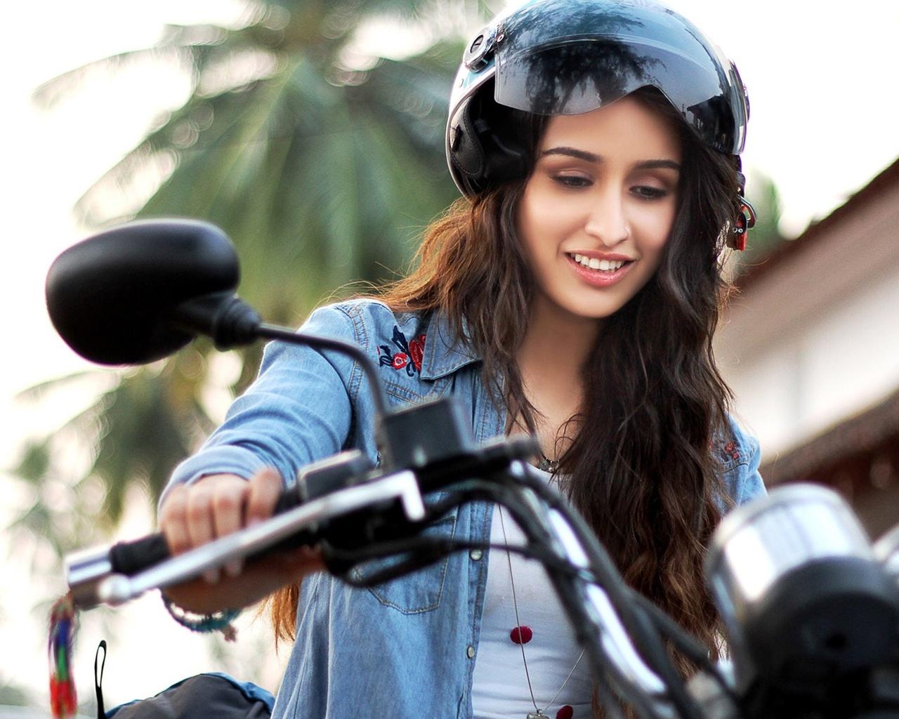 1280x1024 Shraddha Kapoor Very Cute 1280x1024 Resolution Hd 4k