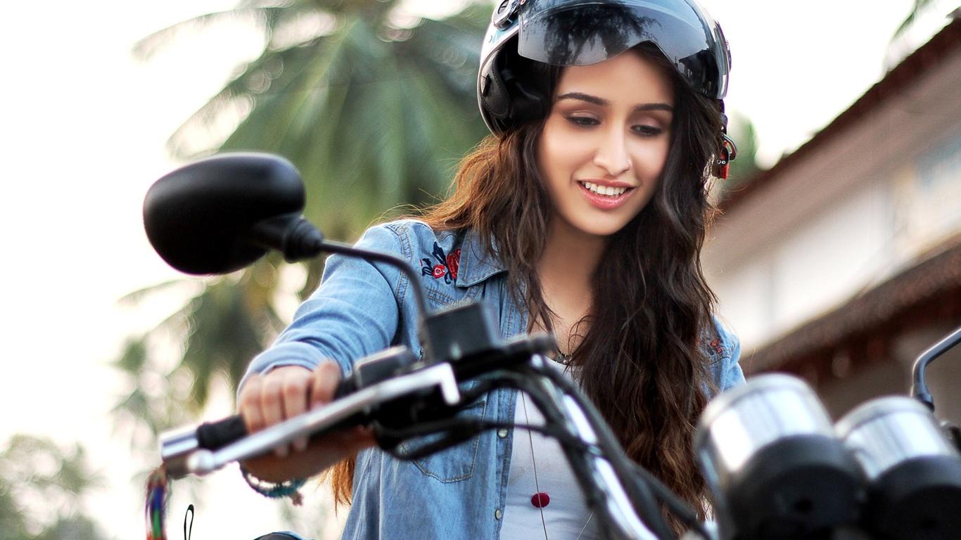 1366x768 Shraddha Kapoor Very Cute 1366x768 Resolution Hd 4k