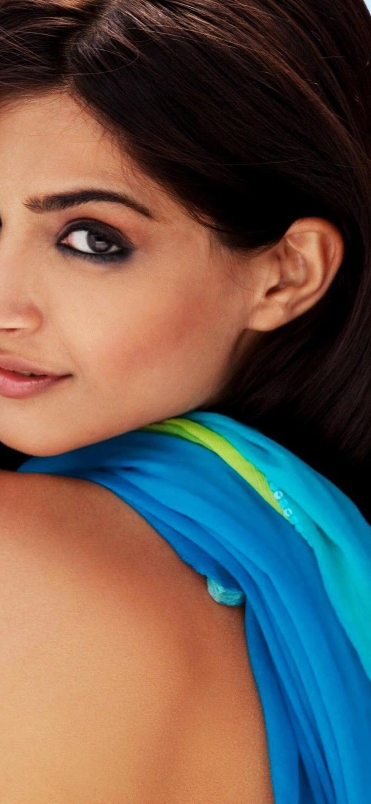 sonam-kapoor-hot-photoshoot-image.jpg