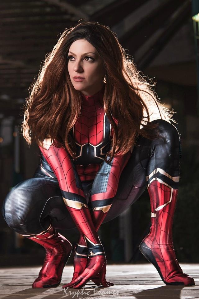 spider-girl-4k-bj.jpg