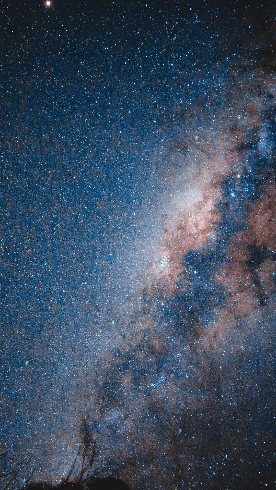 stars-ocean-under-blue-sky-5k-nh.jpg