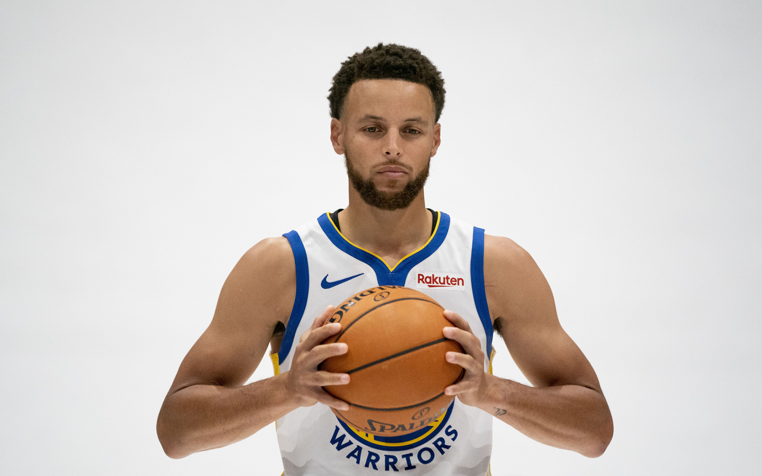 stephen-curry-hq.jpg