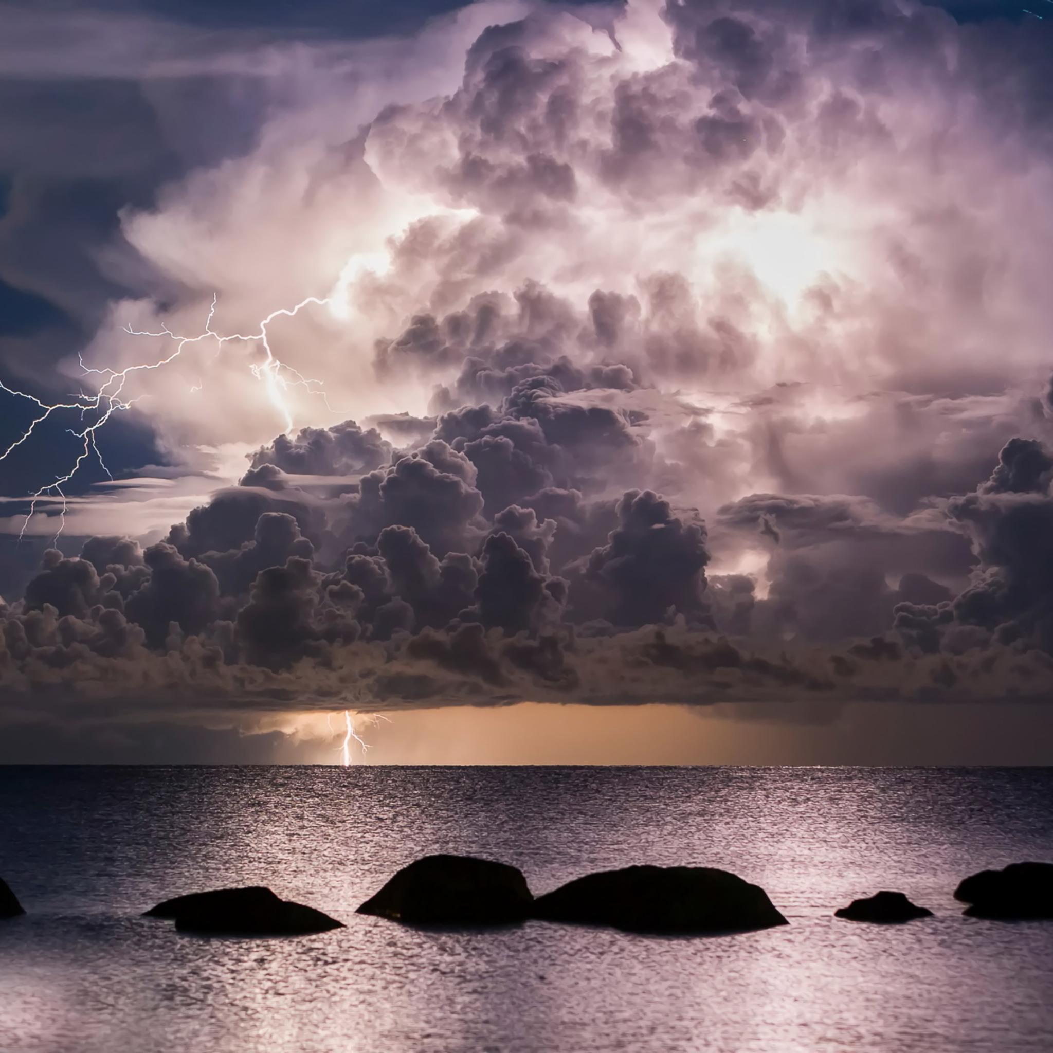 storm-clouds-over-ocean-wallpaper.jpg