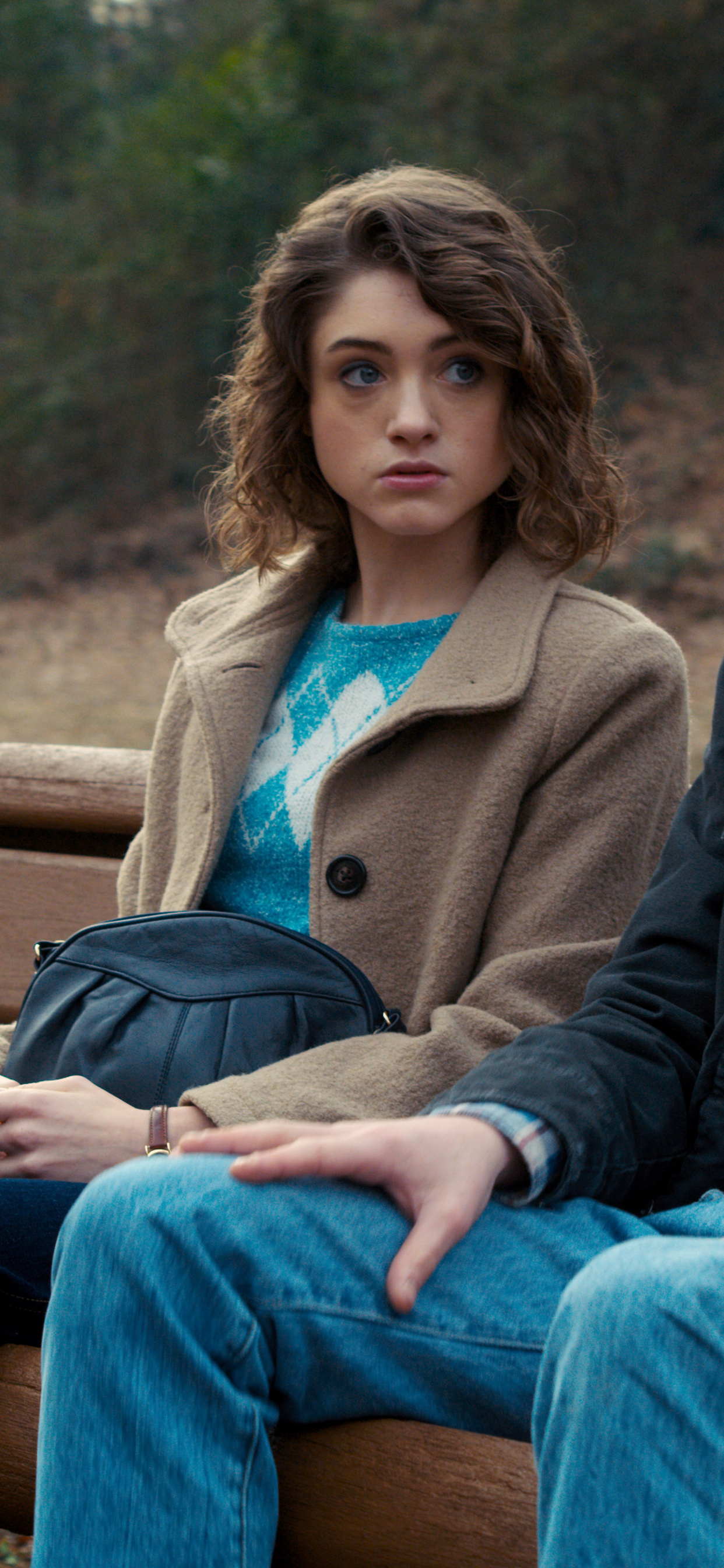 stranger-things-natalia-dyer-as-nancy-jonathan-byers-as-charlie-xw.jpg