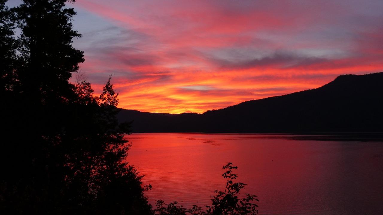 sun-rise-calm-mountains-im.jpg