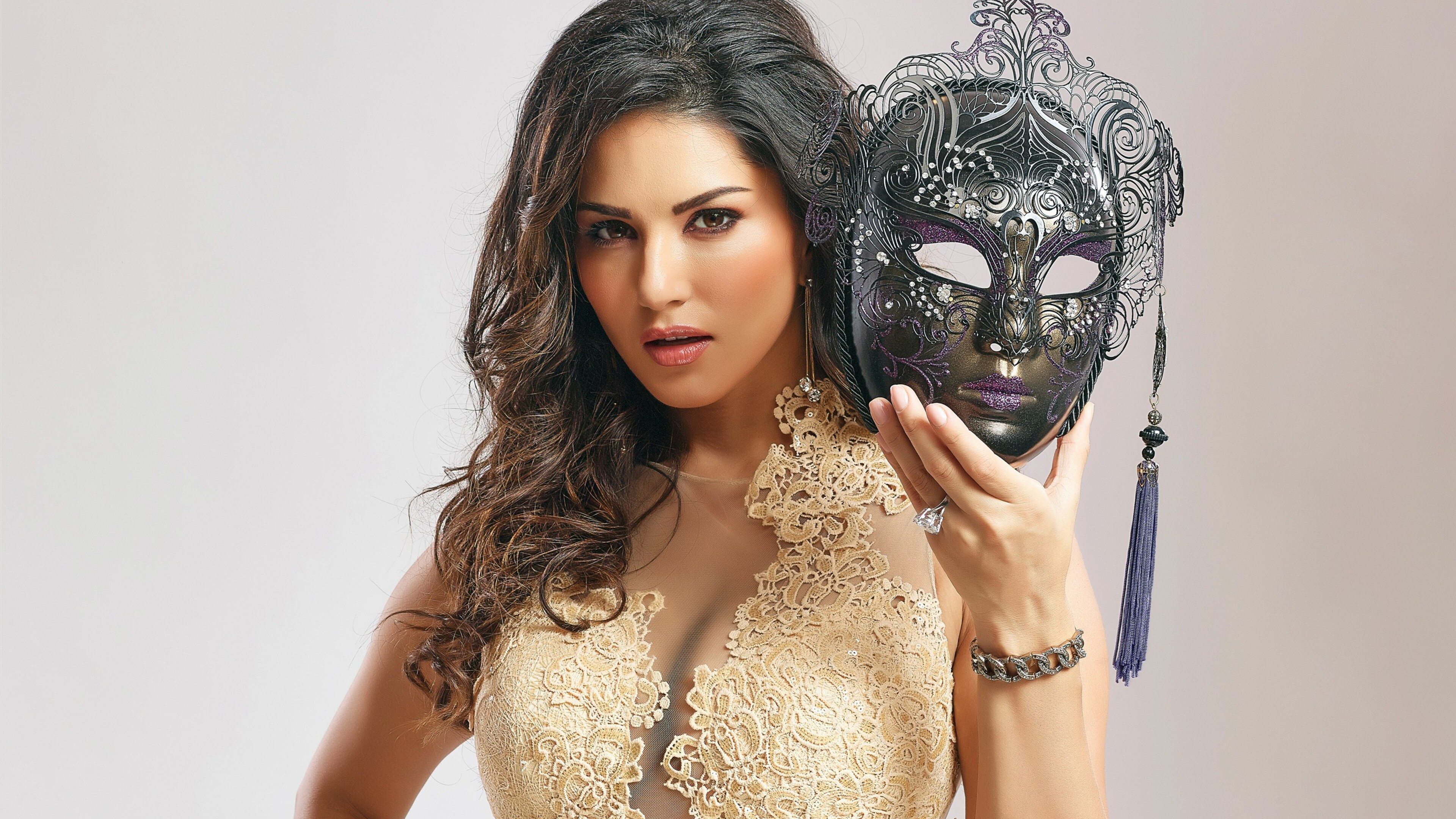 Download Sunny Leone Live Wallpapers For Android Gallery