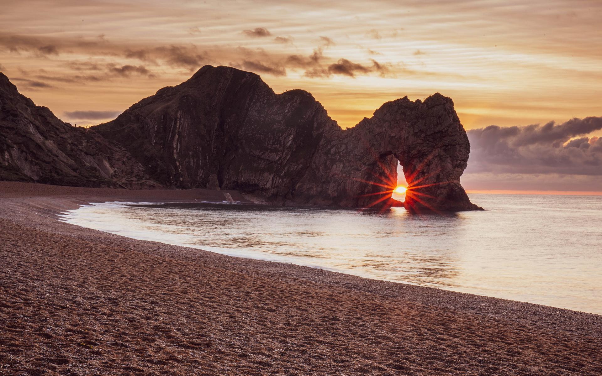 sunrise-and-sunset-coast-4k-mc.jpg