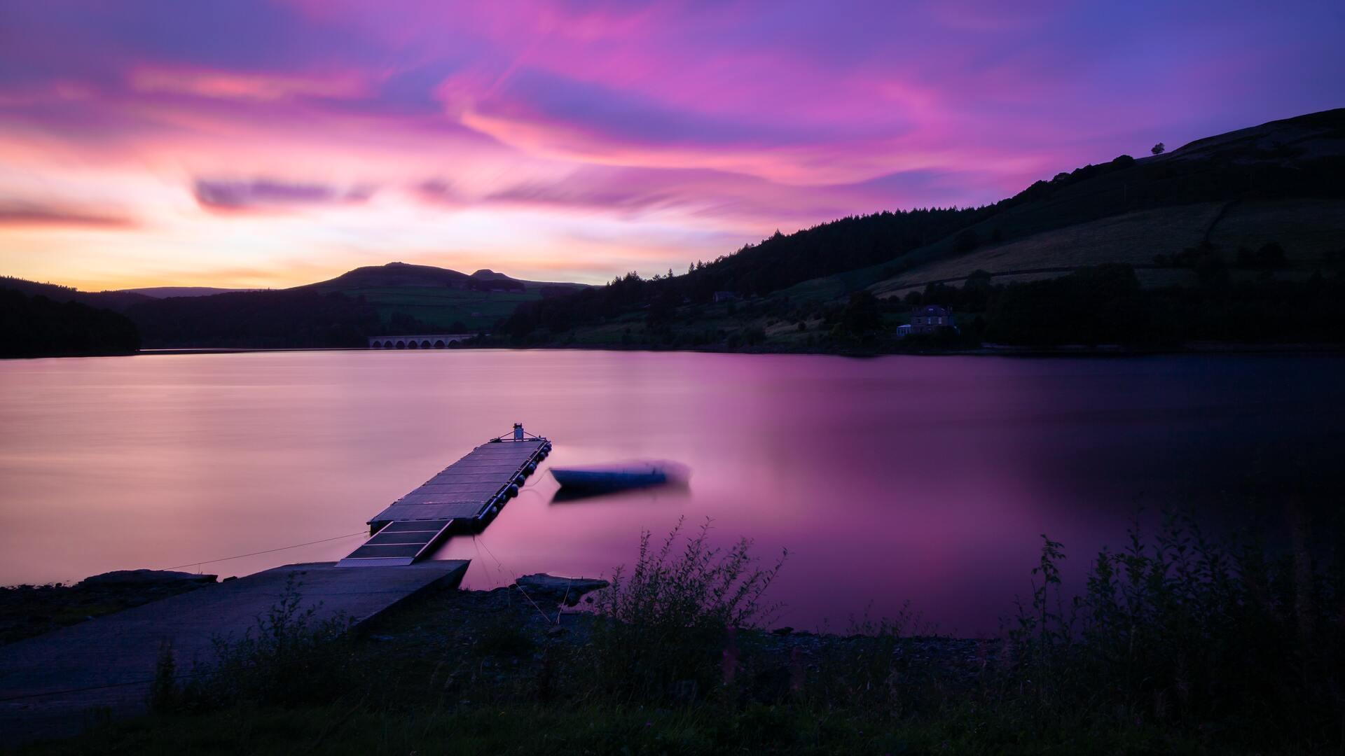 sunset-at-ladybower-reservoir-pier-side-5k-6p.jpg